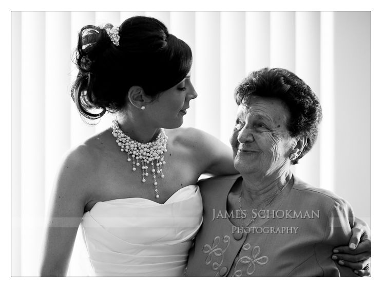 nonna and bride italian wedding photography in perth