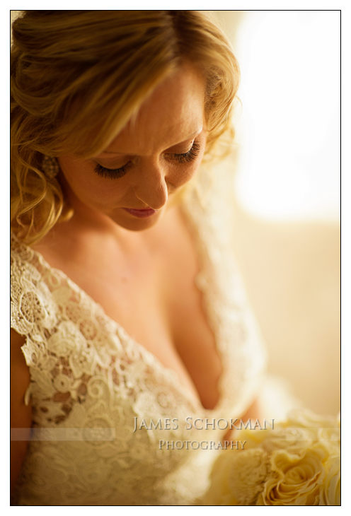 bridal portrait in perth millbrook winery